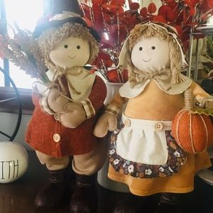 Boy and Girl Pilgrim Fall Decoration Dolls